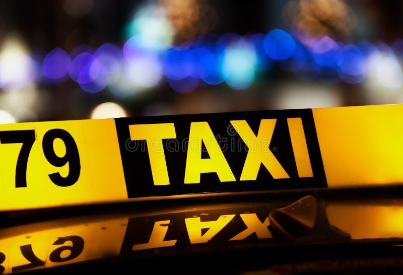 出租汽车符号 免版税库存图片