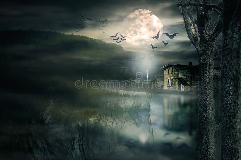 击万圣节房子月亮 库存照片