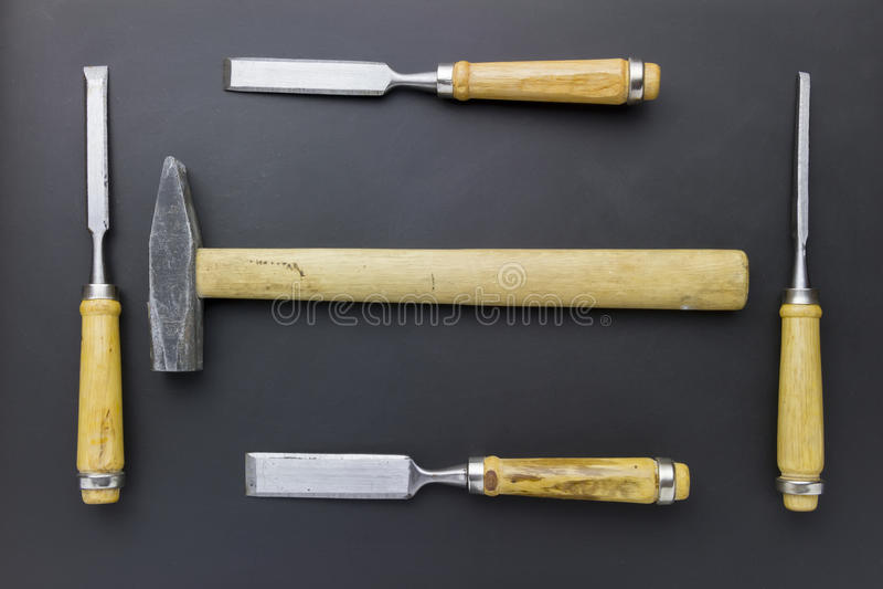 凿子和锤子 免版税库存照片