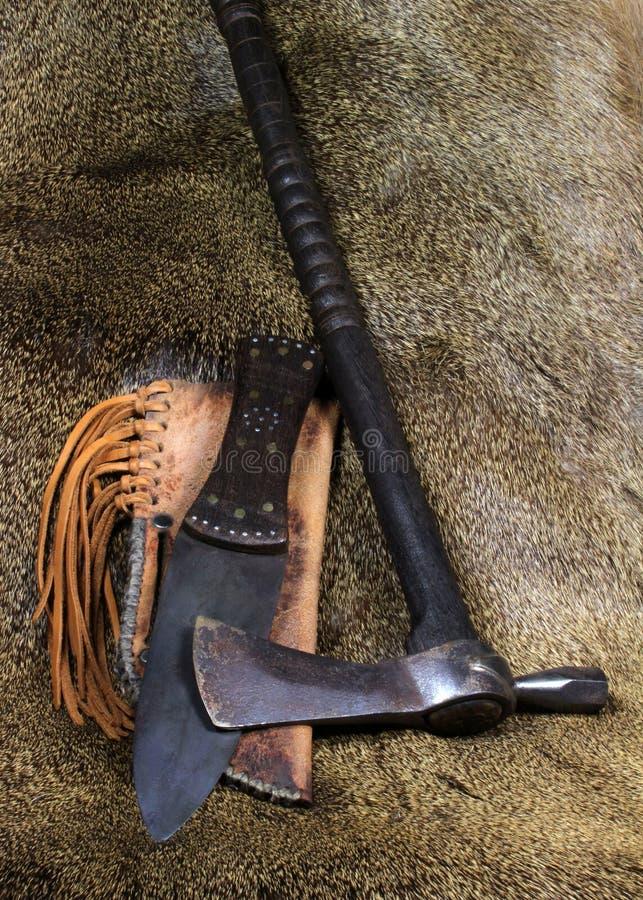 刀子印第安战斧 免版税库存照片