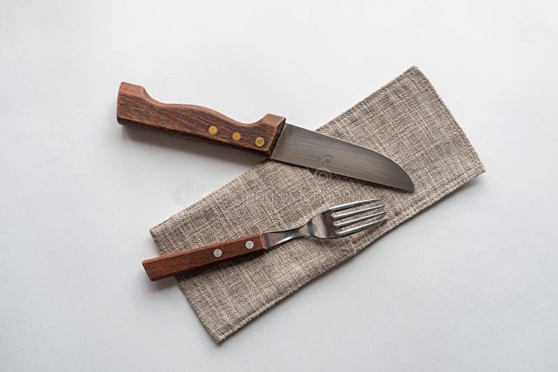 刀子和叉子在白色背景 库存照片