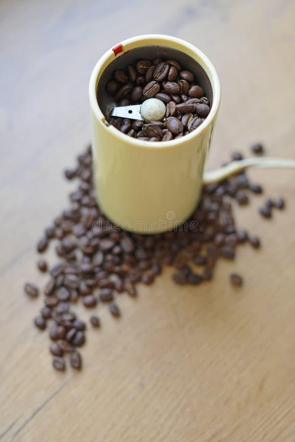 刀片或推进器磨咖啡器 免版税库存照片