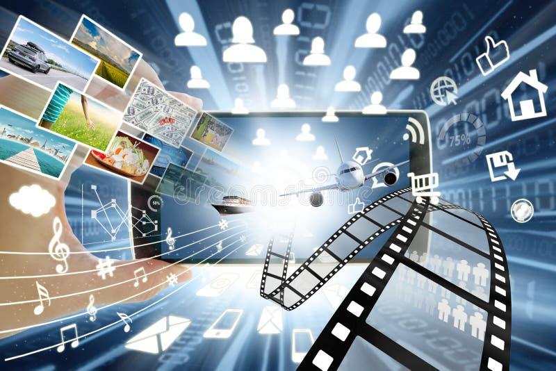 分享概念的智能手机和多媒体 皇族释放例证