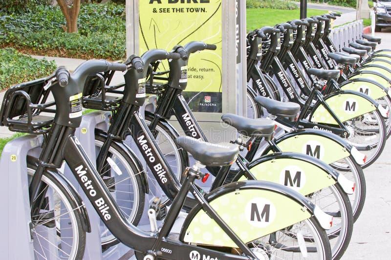 分享节目的地铁自行车 免版税库存照片