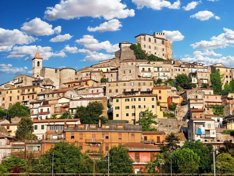 切卡诺弗罗西诺内意大利村庄 库存图片