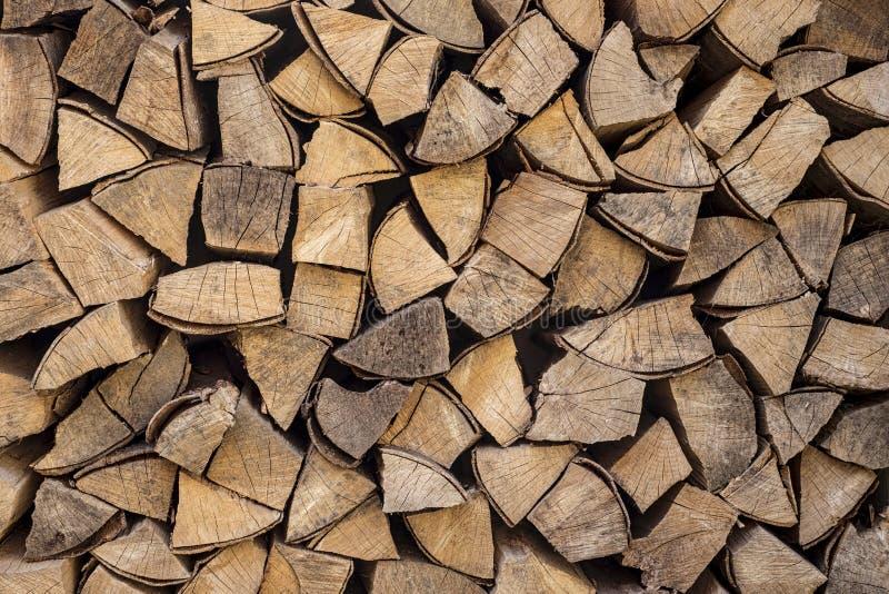 切好的木柴 免版税库存图片