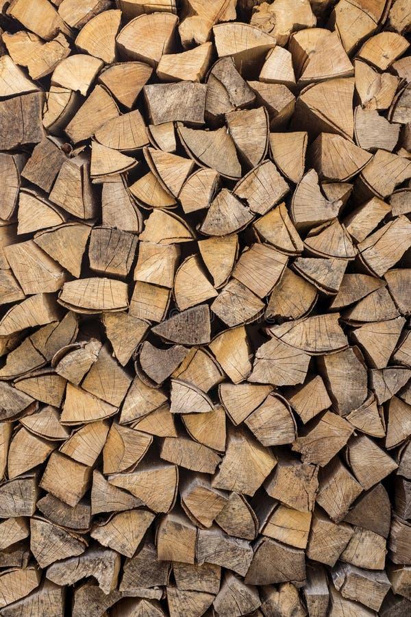切好的木柴 免版税库存照片