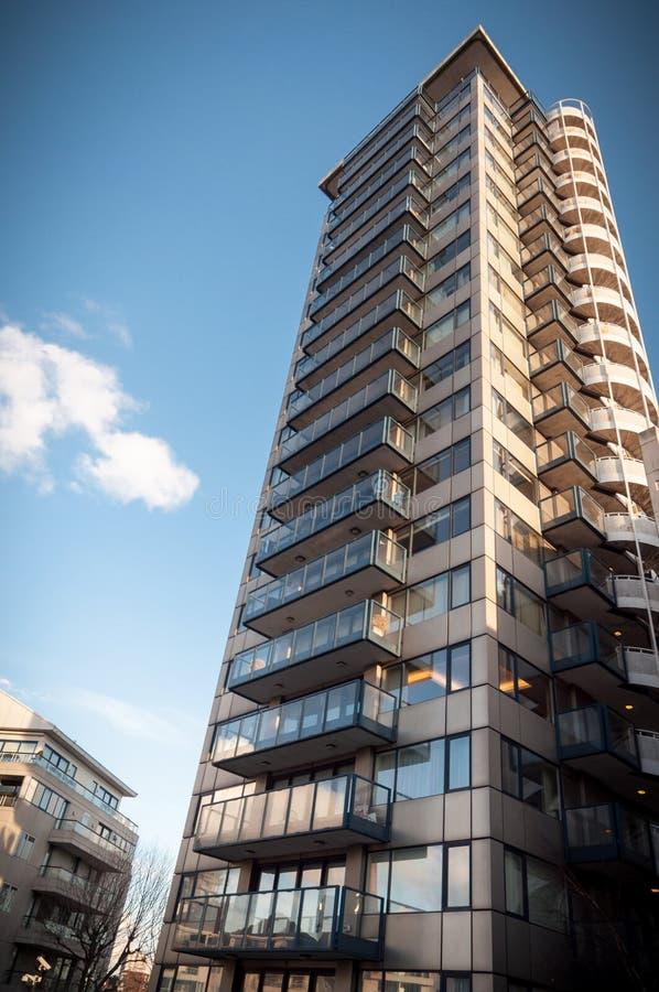 切尔西港口,有蓝天的摩天大楼 免版税图库摄影