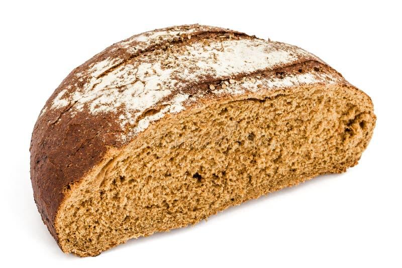 切成了两半新鲜面包大面包,隔绝在白色背景 免版税图库摄影