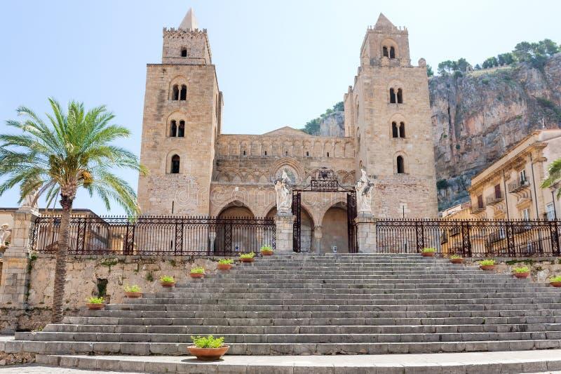 切法卢中央寺院二切法卢,西西里岛,意大利大教堂  免版税库存照片