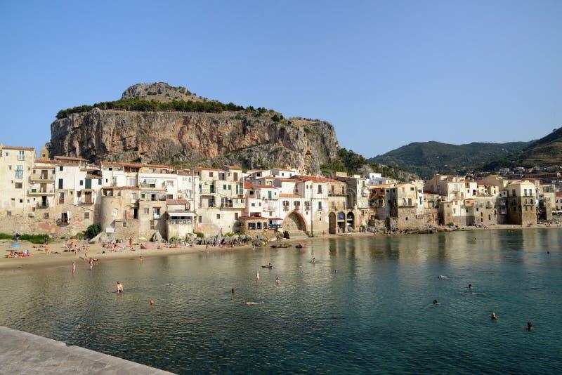 切法卢村庄在西西里岛 免版税库存图片