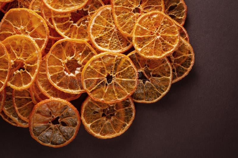 切的和干糖煮的柑桔 库存照片
