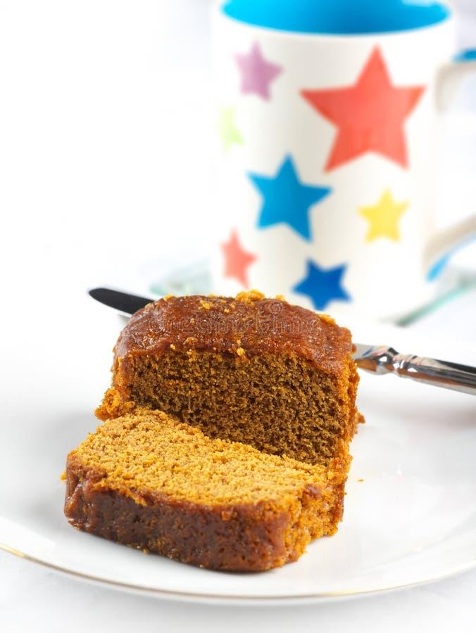 切的蛋糕姜 免版税图库摄影