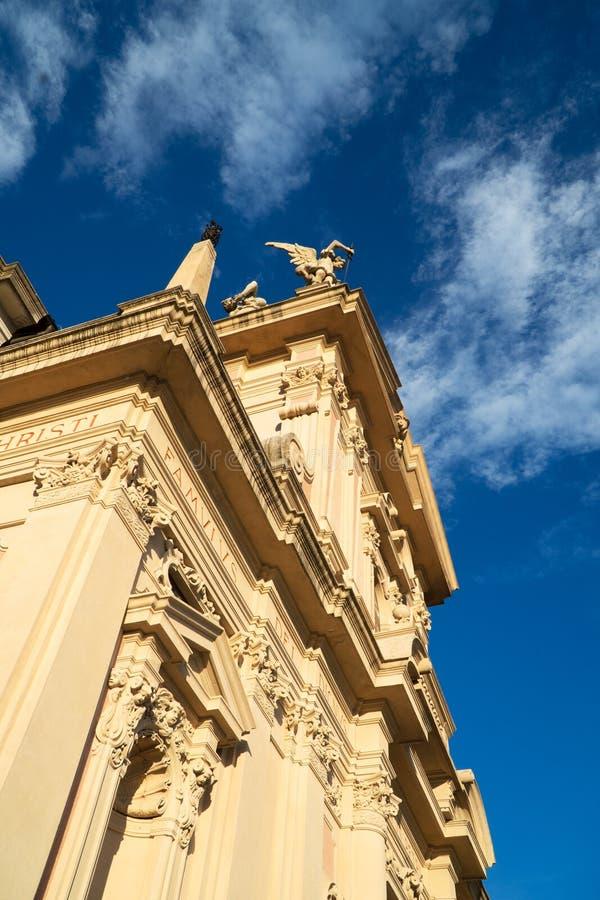 切萨di桑特'安德里亚阿波斯托罗 教会在布鲁纳泰 免版税库存照片