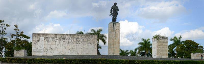 切・格瓦拉雕象和陵墓在革命摆正 免版税库存图片