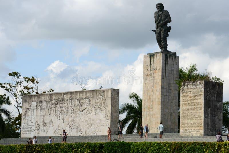 切・格瓦拉雕象和陵墓在革命摆正 免版税库存照片