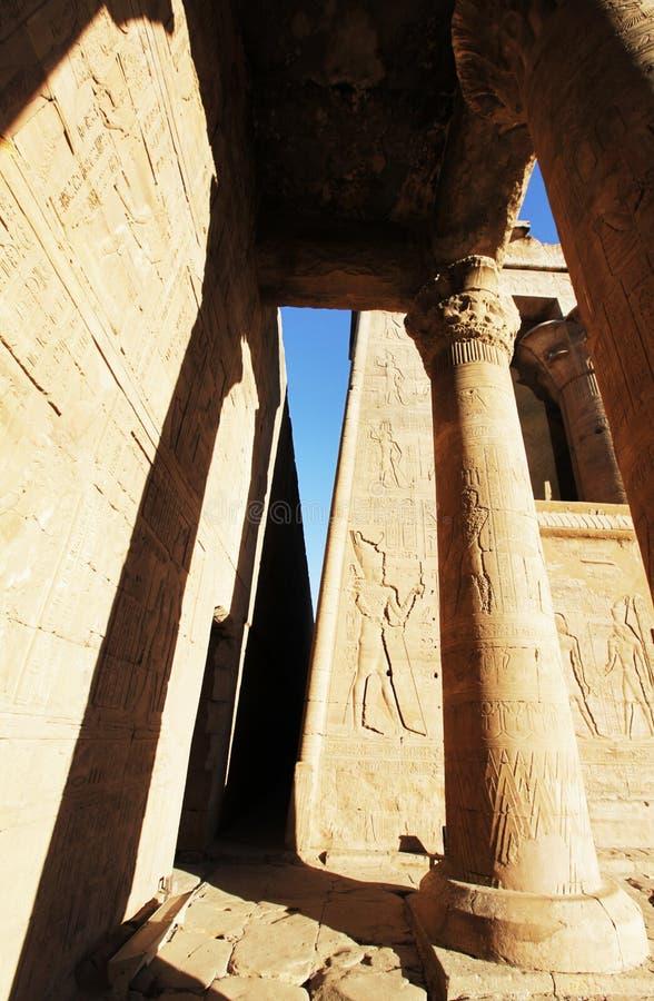 列庭院圣洁卢克索多数副寺庙 库存图片
