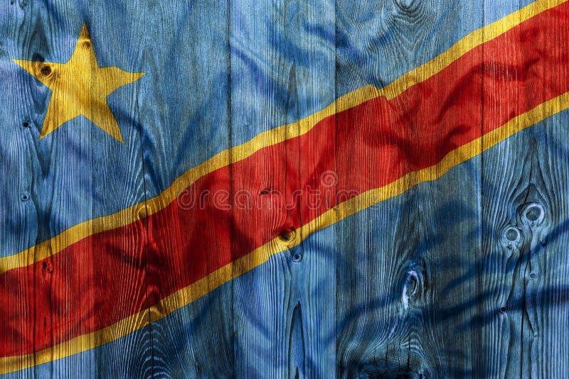 刚果,木背景的国旗 免版税图库摄影