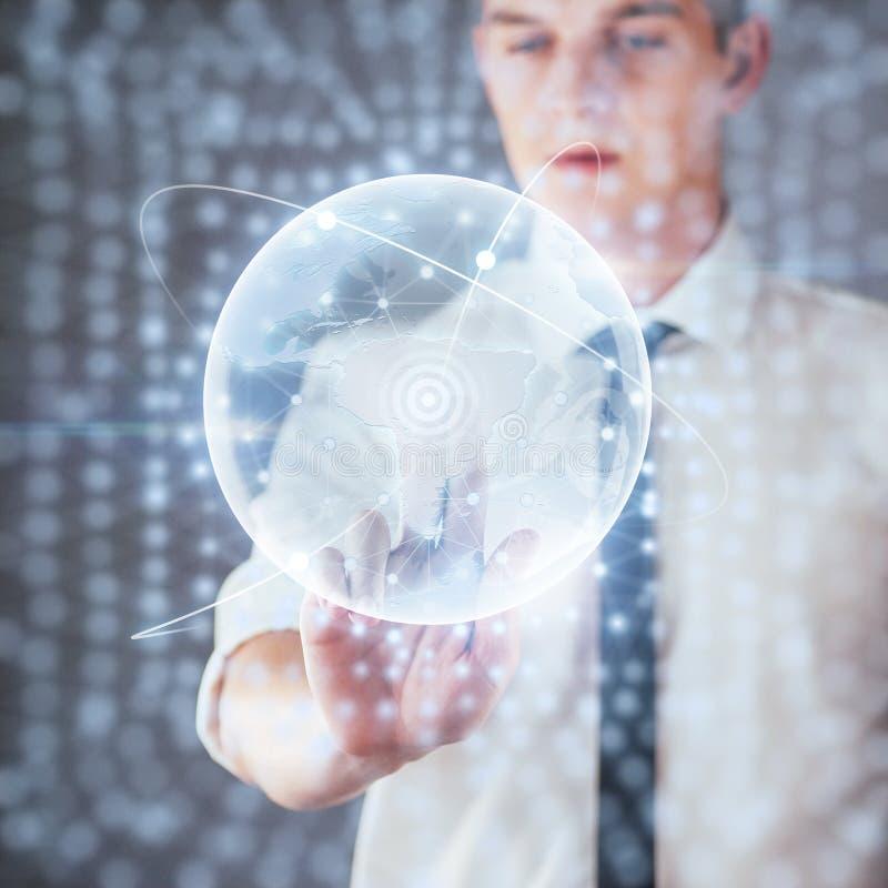 创新技术在科学和医学 连接的技术 拿着发光的行星地球 免版税库存图片
