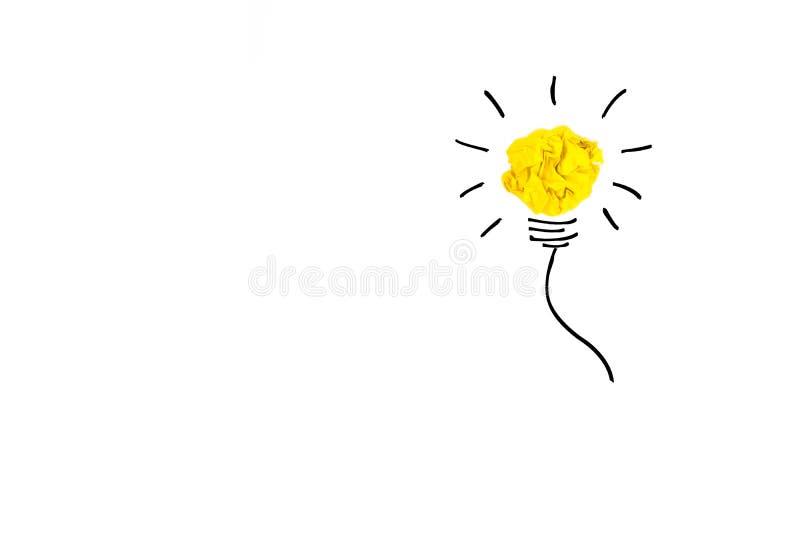 创造性的概念 黄灯电灯泡被弄皱的由黄色, pap制成 向量例证