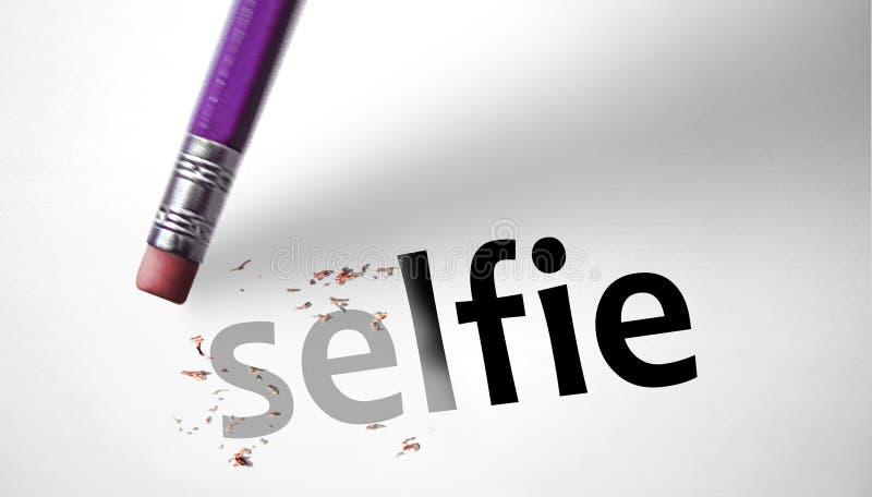 删除词Selfie的橡皮擦 免版税库存图片