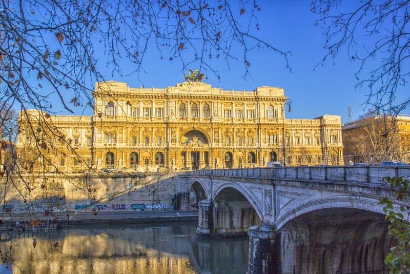 判决撤销,罗马,意大利最高法院的宫殿  免版税库存照片
