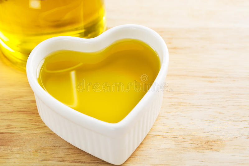 利于心脏健康的油 免版税图库摄影