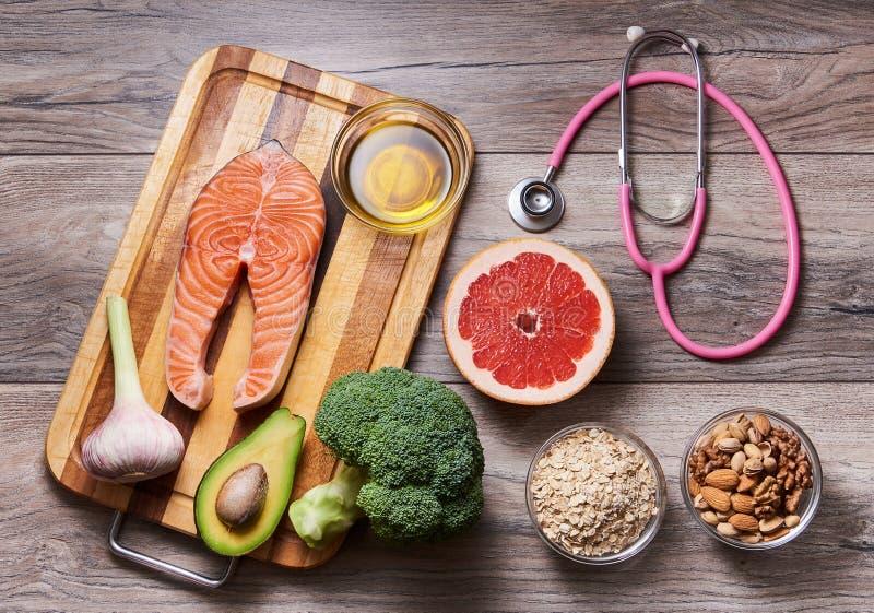 利于心脏健康的食物 有机产品 图库摄影