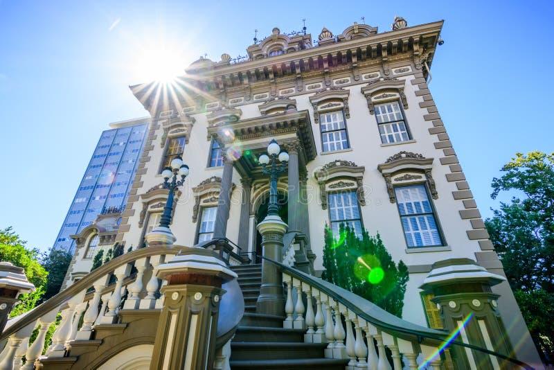 利兰・斯坦福豪宅的外视图,萨加门多 库存图片