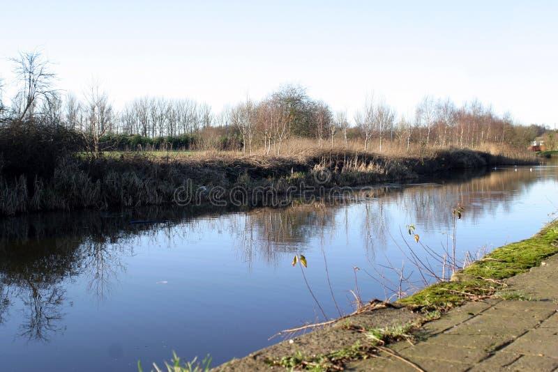 利兹利物浦运河在冬天 免版税库存照片