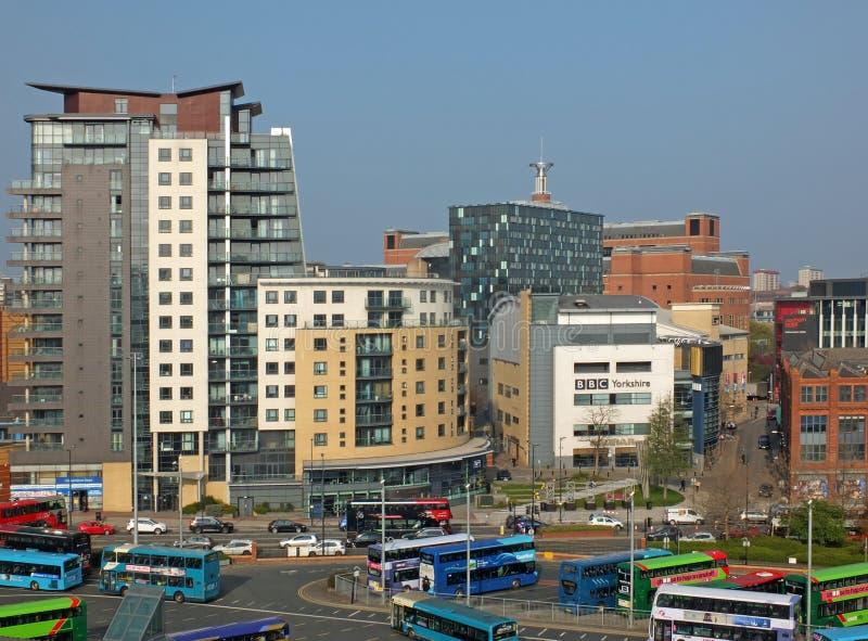 利兹猎物小山创造性的四分之一地区的一个空中都市风景视图有bbc总部和北芭蕾大厦的 图库摄影