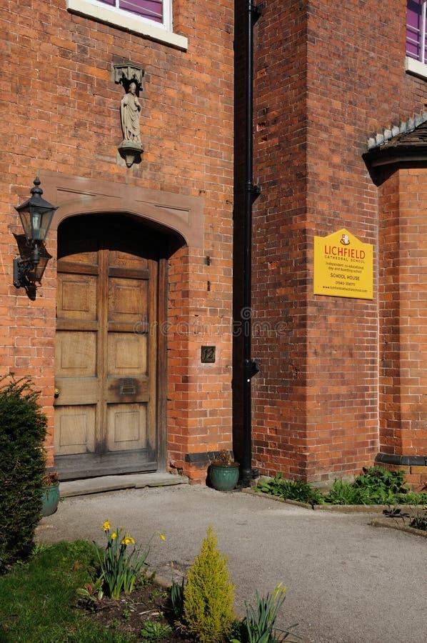 利奇菲尔德大教堂学校入口 免版税库存图片