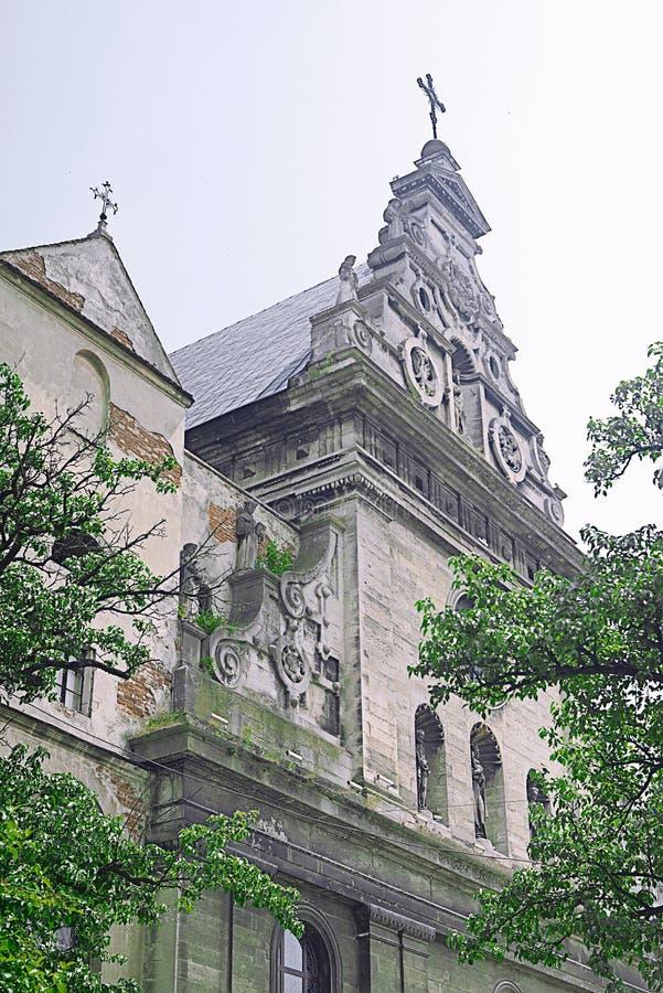 利沃夫历史灰石建筑 免版税库存照片
