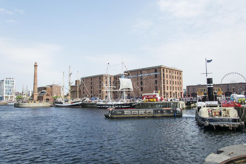 利物浦阿尔伯特船坞-高船节日 库存照片