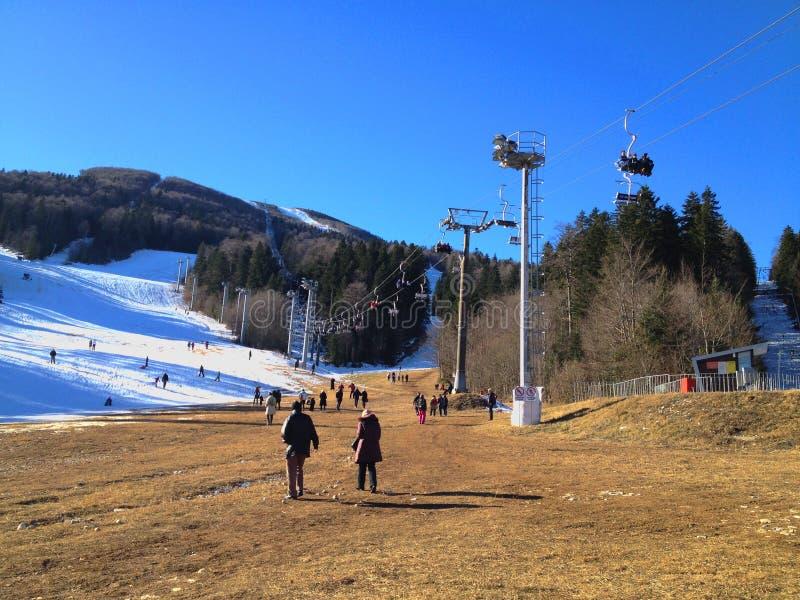别拉什尼察山山在冬天,萨拉热窝 免版税库存照片