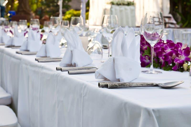 制表事件党或结婚宴会的设置 免版税库存照片