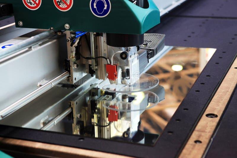刻花玻璃设备 库存图片