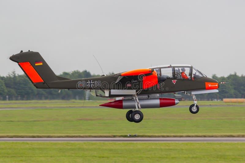 前德国人空军队北美洲罗克韦尔OV-10B野马有双发动机的逆叛乱和促进空中管理航空器 免版税库存照片