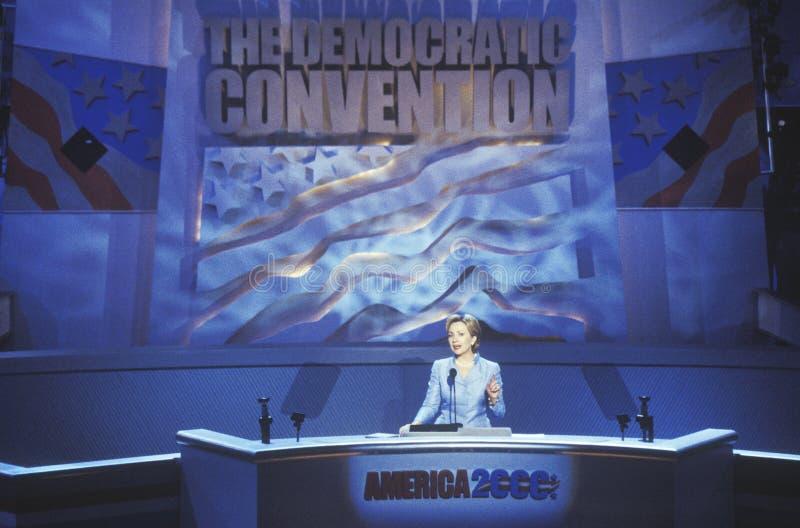 前第一夫人希拉里・罗德姆・克林顿,纽约参议院的候选人,在钉书针分的2000民主党大会 图库摄影