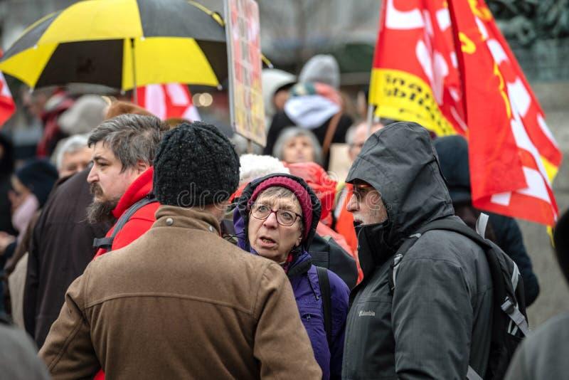 前辈辩论在抗议前在法国 免版税库存照片