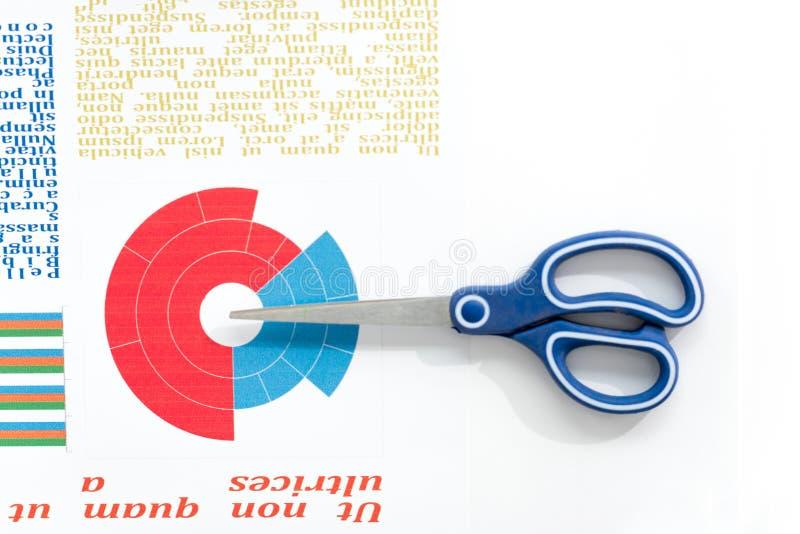 剪刀和五颜六色的企业图在工作场所 库存图片