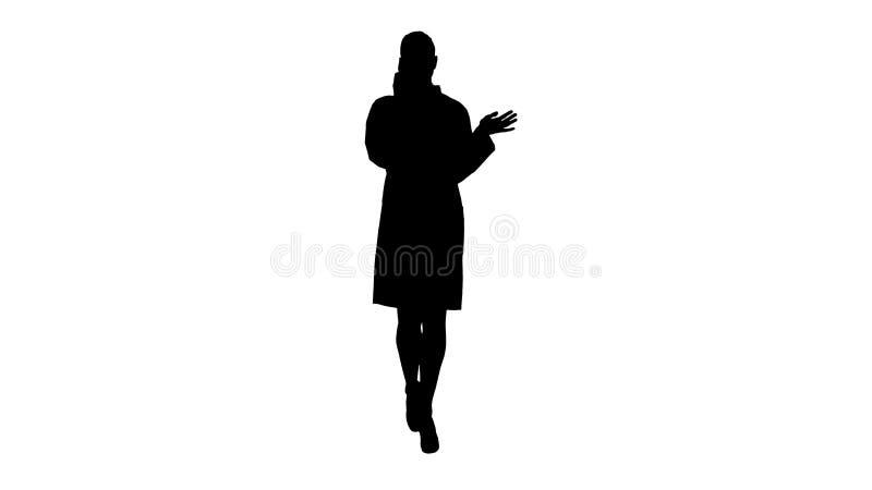 剪影确信的女性医生,医疗保健专业谈话在有患者的电话 库存例证