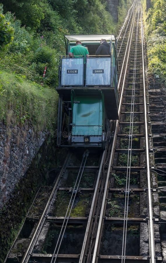 水力操作缆索铁路在Lynton村庄和Lynmouth之间 免版税图库摄影