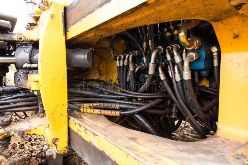 Download 水力阀门工业管道系统 库存照片. 图片 包括有 大量, 行业, 拖拉机, 汽车, 金属, 蓝色, 活塞, 关闭 - 72365418
