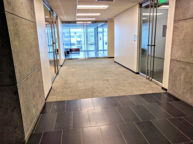 办公楼大厅 免版税库存图片