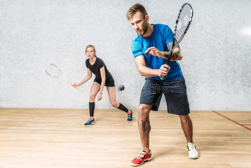 加上软式墙网球,室内训练俱乐部 图库摄影