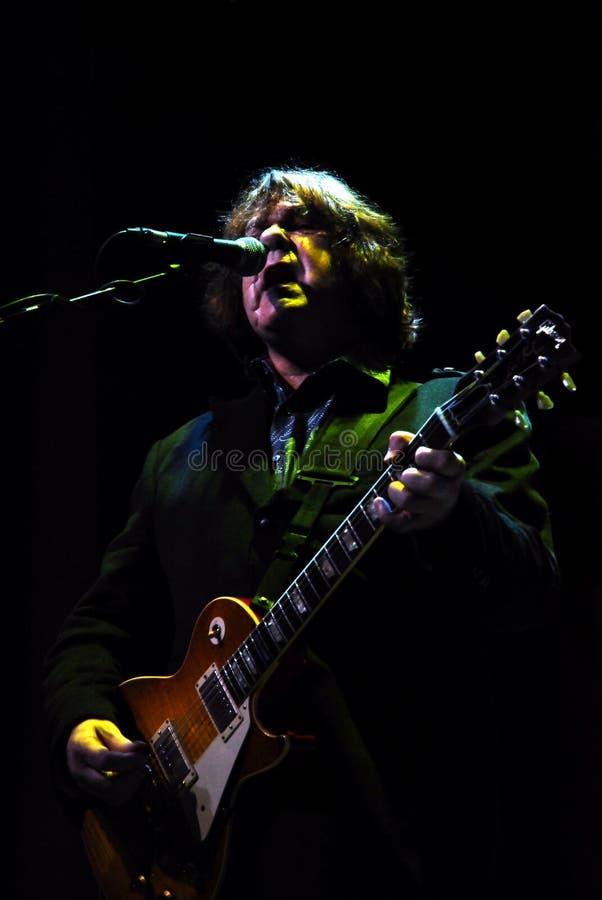加利吉他弹奏者moore歌唱家 图库摄影