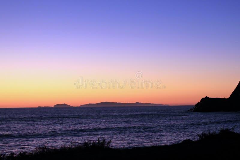 加利福尼亚海岸线日落 库存照片