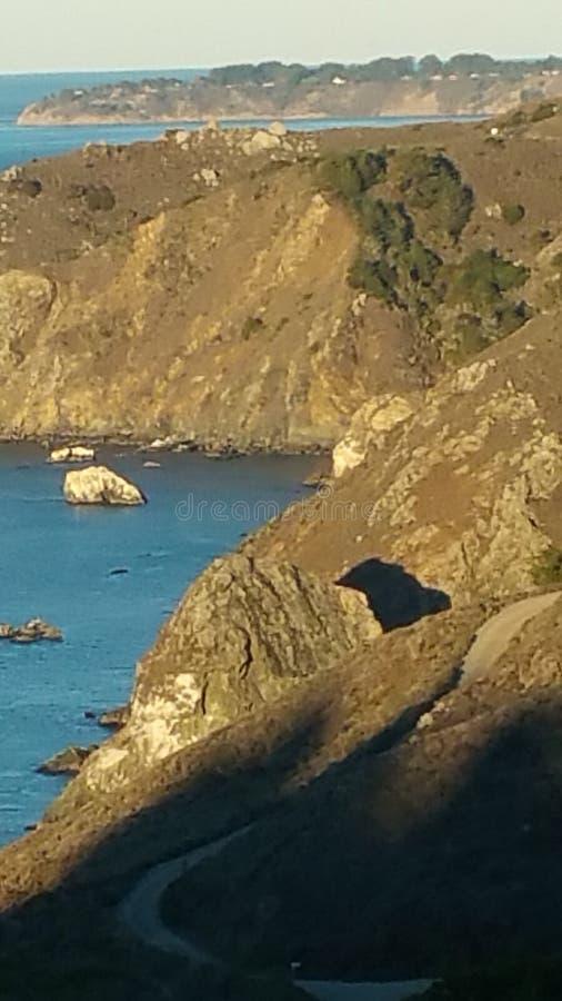 Download 加利福尼亚海岸 库存照片. 图片 包括有 海岸, 加利福尼亚, 火箭筒, 线路 - 72359400