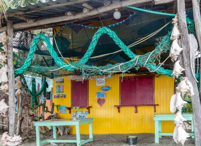 加勒比海滩酒吧,普罗维登西亚岛,哥伦比亚 闭合,没有人民 免版税库存图片